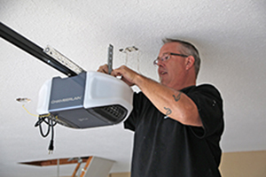 Garage Door Opener Repair Services in Ovilla